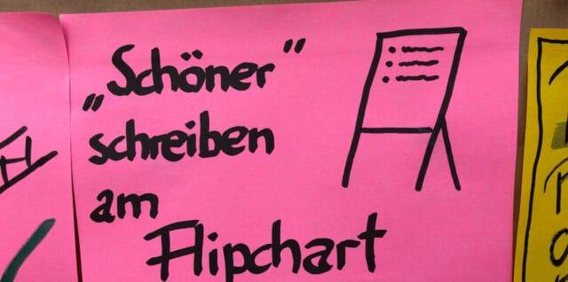 """""""Schöner"""" schreiben am Flipchart"""