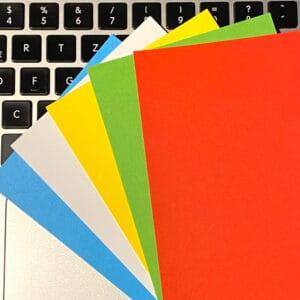 Farbige Karten für die Online-Moderation